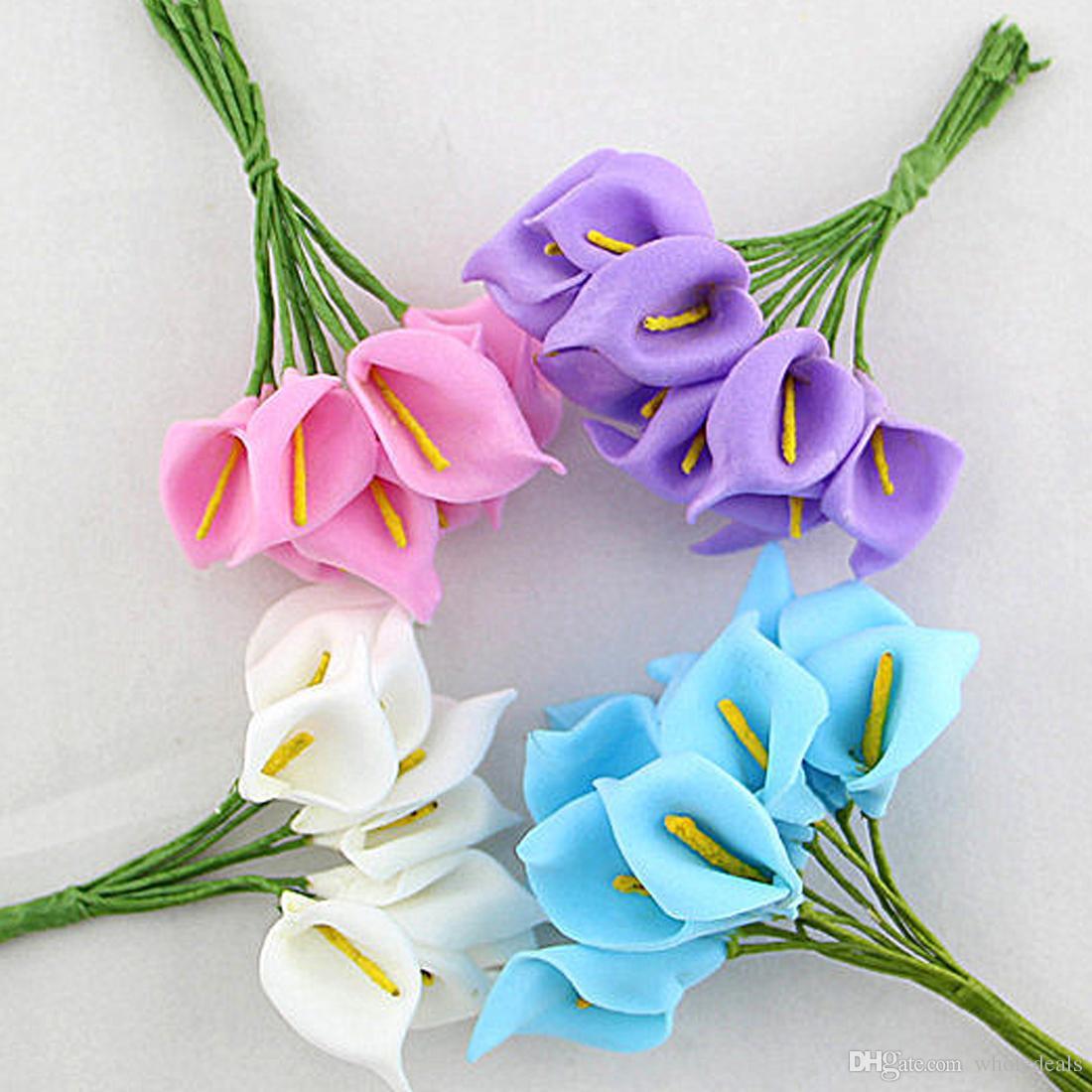 12 pz / lotto Mini Schiuma Calla Handmade Artificiale Bouquet di Fiori Decorazione di Cerimonia Nuziale FAI DA TE Scatola Regalo Scrapbooking Mestiere Fiore Finto