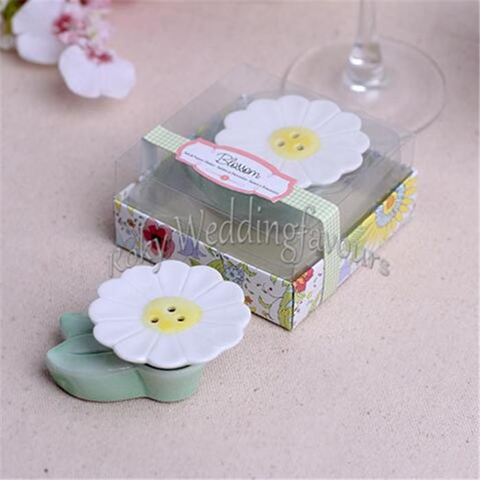 Such a Cute Blossom Salt and Pepper Shaker Party Favors Tea Time Event Gifts Floral Party Giveaways Bridal Shower Birthday Gifts
