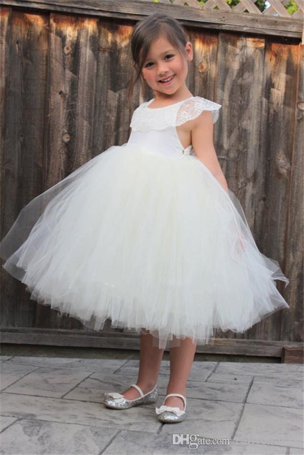 2017 Cute White Ivory Flower Girl Dresses Flower Lace Tulle Crew Neck A Line Tea Length Kids Communion Party Gowns For Little Girl
