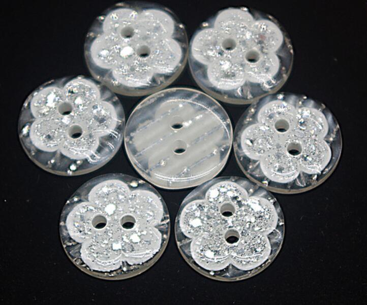 Reçine Dikiş Düğme Scrapbooking Yuvarlak Çiçek İki Delik 15mm Dia. 50 Adet Costura Botones bottoni botoes süslemeleri