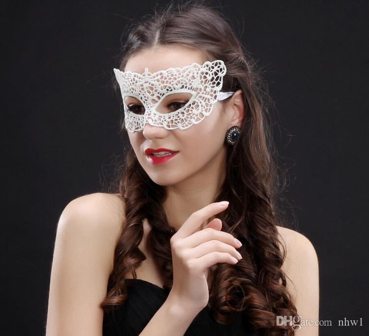 Women Girls White Lace Masks Sexy Elegant Eye Mask Masquerade Ball Carnival Fancy Party Half Face Cover Halloween/Christmas Party Dress Up