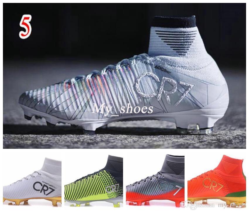 a0e4dafd54b Compre 2017 Novos Homens Cristiano Ronaldo Mercurial Superfly Iv FG CR7 501  Bota Sapatos De Futebol De Ouro Branco