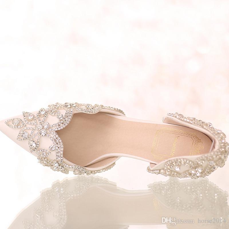 Sandali estivi bianco scarpe da sposa punta punta nuziale Scarpe da sposa in cristallo tacco alto scarpe da sposa con cinturini con strass