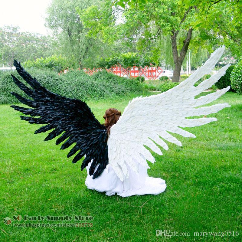 Grandes ailes des adultes pour les accessoires de décoration Party Cosplay Jeux diable ailes de plumes blanches noires à la main EMS Livraison gratuite