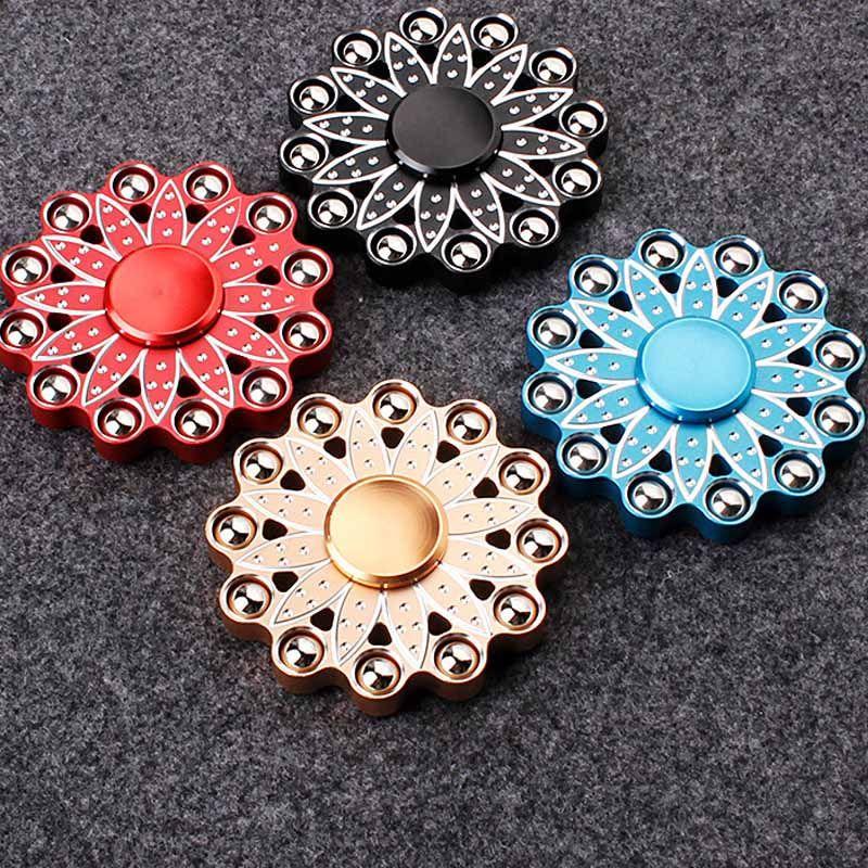 Promoción de la fábrica! 120 tipos Fidget Hand Spinner LED Bluetooth Spinners Aleación de metal Copper King Glory Finger Spinn, etc. Envío gratis