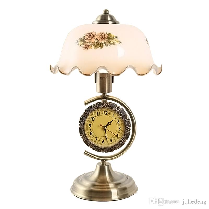 2019 Vintage Chinese Style Desk Lamp With Clock Glass Lampshade With