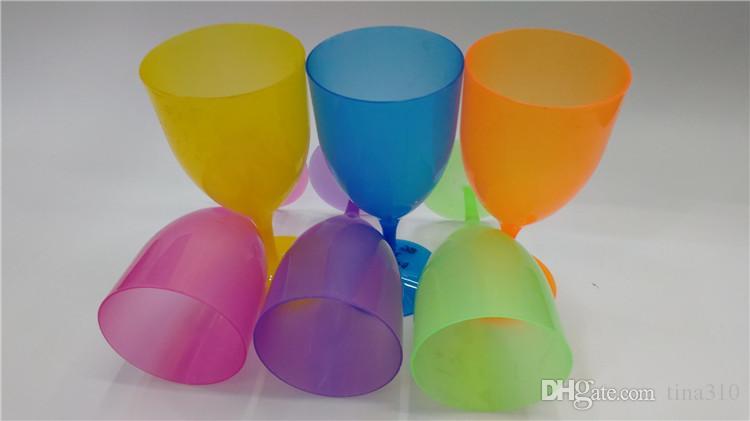 Nueva taza multifuncional de plástico para beber Taza de dientes de color sólido al aire libre Copa de vino para el hogar, simple, cubilete IA828