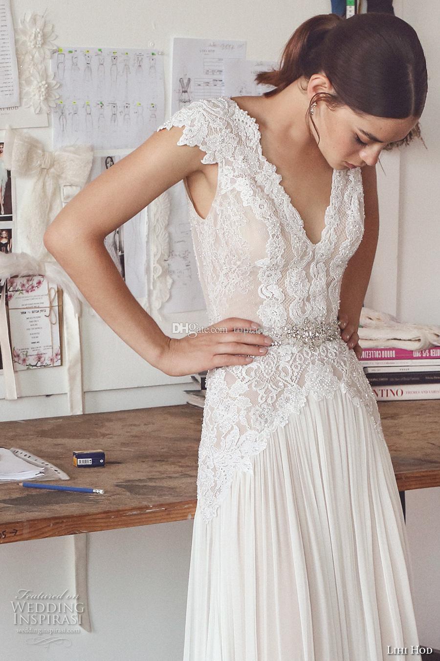 2019 Guaina Avorio Abiti da sposa Chiffon Cap Sleeve Backless Cristalli Perle Vintage Lace Floor Lunghezza Boemia Boho Abiti da sposa