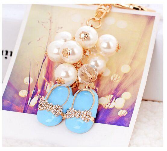 Korea-Perlen-Kette Bowknot-nette kleine Schuhe Schlüsselanhänger Geburtstag / Valentinstag / Weihnachten / Hochzeits-Geschenke Auto-Beutel-Mobile Anhänger Keychains