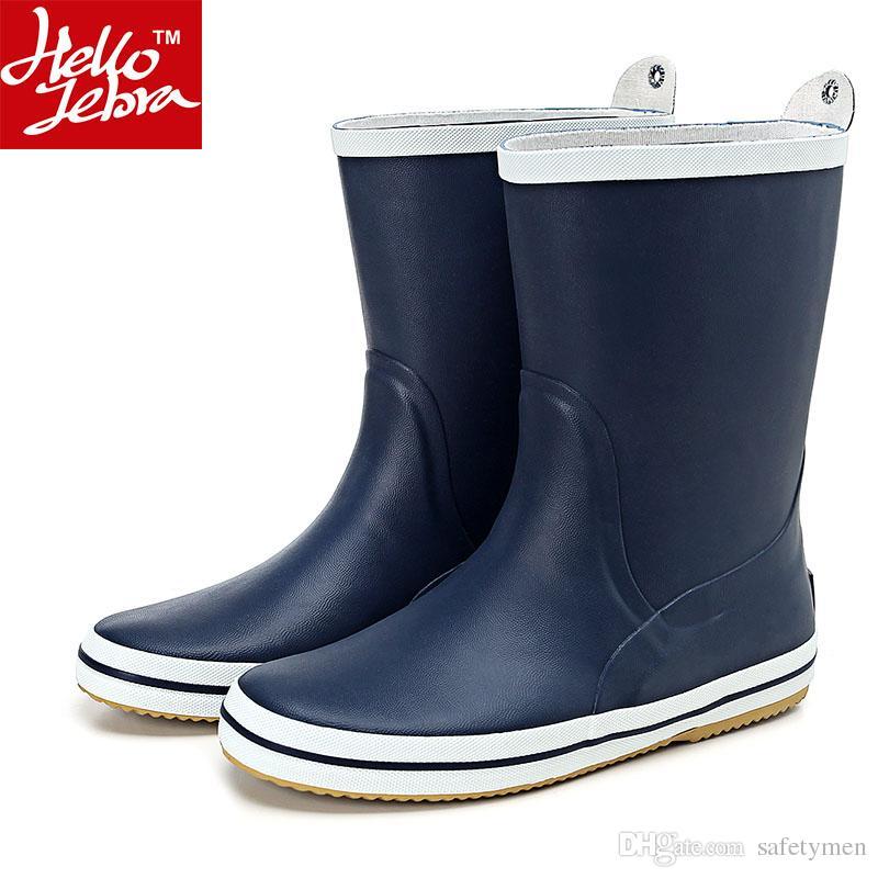 87d4e53a974 Compre Botas De Chuva Dos Homens De Moda De Borracha À Prova D  Água  Rainboots Menino Matt Sapatos Rainday Sapatos De Água Mid Calf Sapatos  Adultos Skid ...