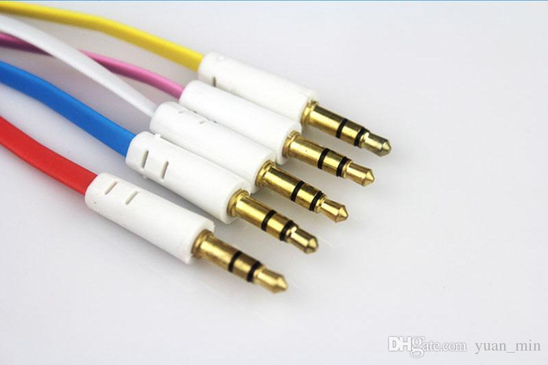 Großhandel Flache Nudel 3,5 mm Aux Bunte Audio Hilfskabel Jack Stecker auf Stecker Stereo Kabel Draht für iphone Samsung Telefon