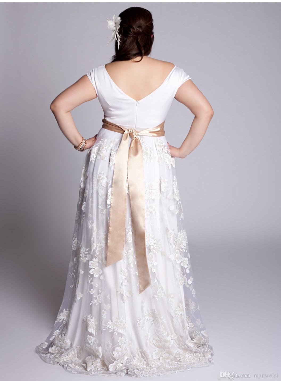 Plus Size 2018 Prom Dresses Off Shoulder Short Sleeves Lace Applique Evening Gowns Sweep Train Vintage Long Formal Party Dress