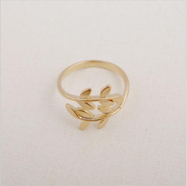 Nouveau femelle plaqué argent, plaqué or rose bijoux en or arbre bagues anneaux prix de gros flambée dans le meilleur cadeau d'une fille