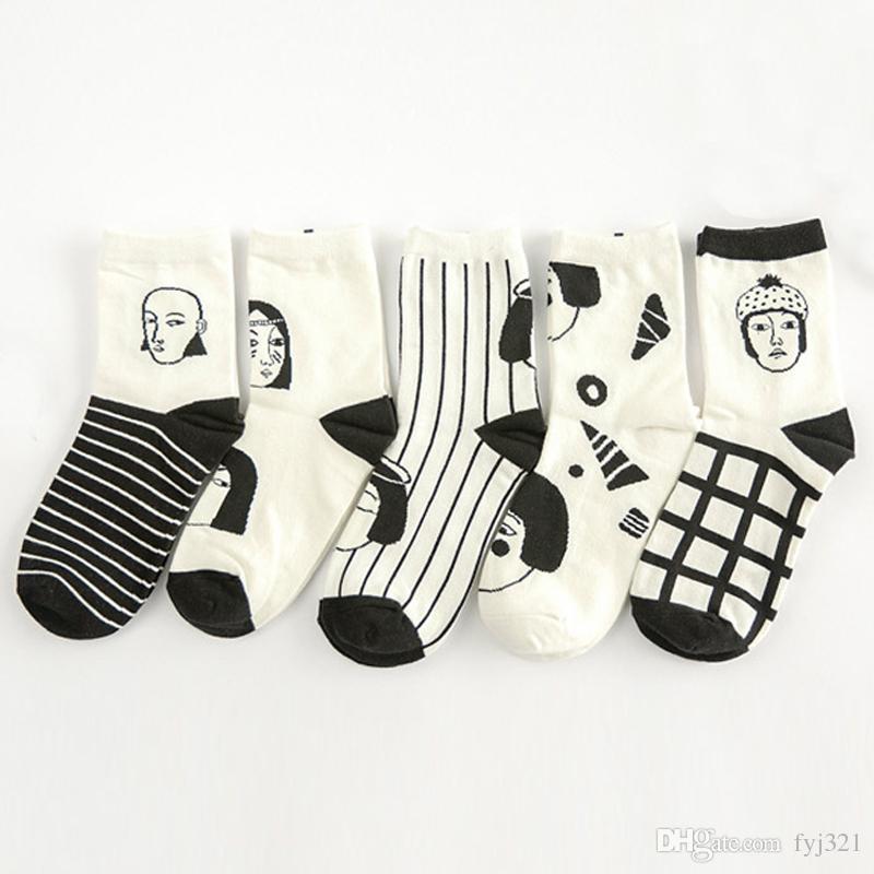 2017 Japon Kış Adam Kadın Baş Yüz Çizgili Pamuk Kadın Çorap Komik Karikatür Ekose Yaratıcı Yenilik Siyah Beyaz Çift Çorap