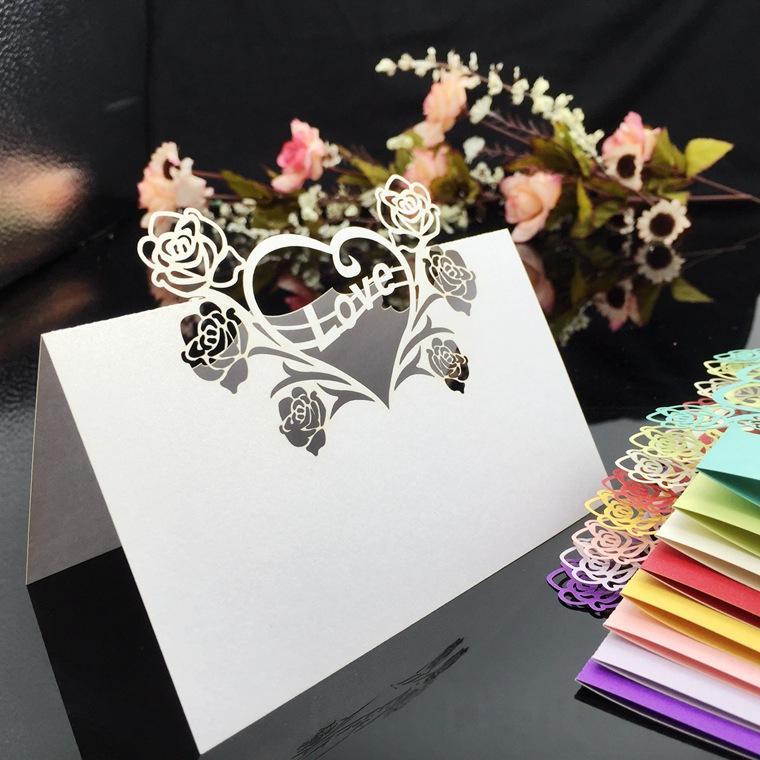 200 stücke Laser Cut Hohle Herz Liebe Rose Blume Papier Tischkarte Nummer Name Karte Tischkarte Für Party Hochzeit schmücken
