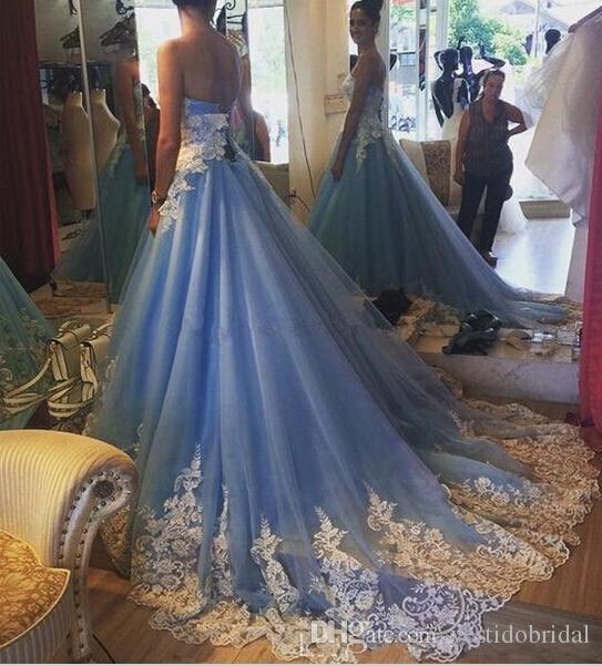 Robe De Mariage Bleu Robes De Bal Robes De Mariée Avec Dentelle Blanche Applique Vintage Indien Dubaï Robe De Mariée Plus La Taille Automne Jardin 2016 Pas Cher