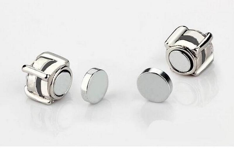 Brillante cristal oído médico aretes para mujeres hombres blanco negro Imán magnético pendientes aretes clip sin agujero para el oído regalo SE953