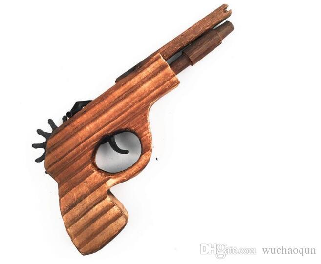 Новое прибытие детские игрушки деревянный игрушечный пистолет классический играть резинкой игрушечный пистолет пистолеты интересные детские пушки игрушки