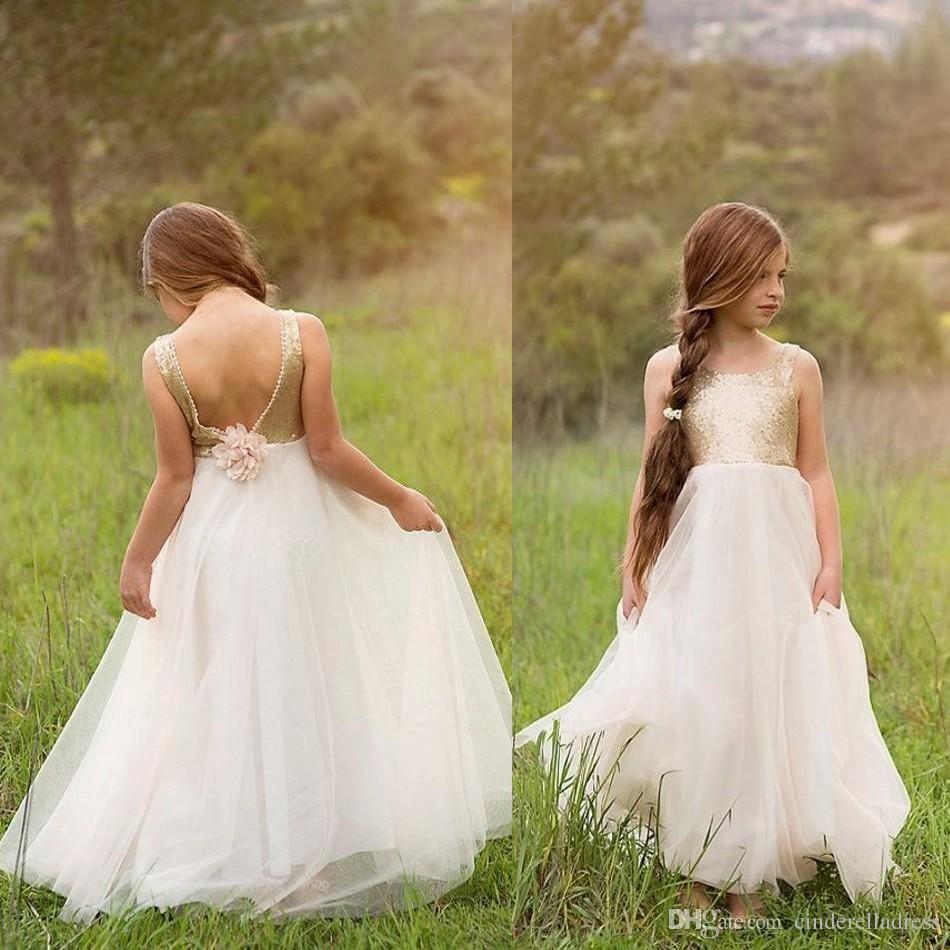 Boho Gold Cekiny Otwórz Wróć Kwiat Dziewczyny Suknie Talii Eleganckie Długość Piętra Ślubne Dziewczyny Urodziny Urodziny Dress White Tulle Długie Suknie