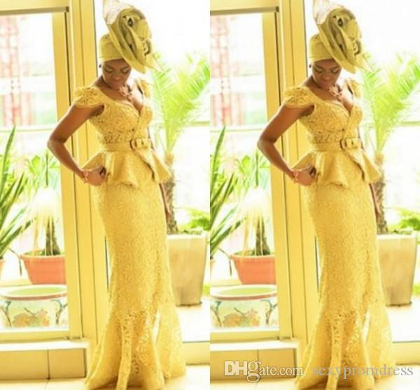 Abiti da ballo donna africana stile Aso Ebi Abito da sera in pizzo giallo sirena con stampe gialle Trecce Abiti da sera nigeriani Abiti da ballo moda ghanese