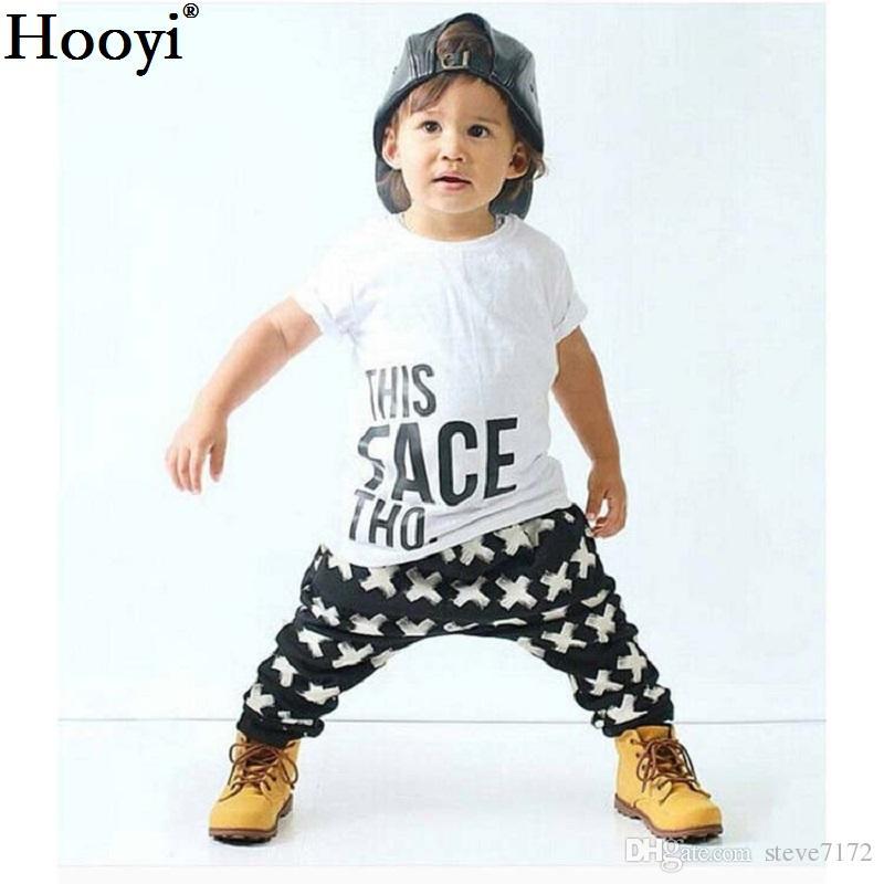 Hooyi Verão Meninos Do Bebê Conjunto de Roupas T-Shirt Branca + Longo Cruz Calça Preta Crianças Terno de Algodão Roupa Dos Miúdos Terno Roupas Moda Camisetas