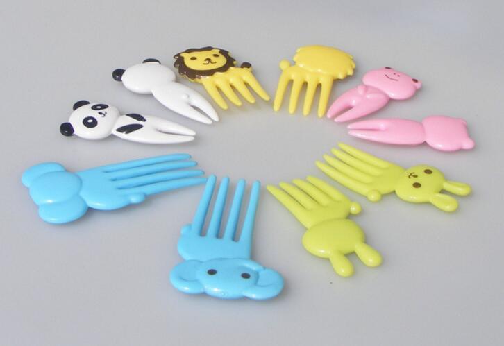 Nouveau Arriver / ensemble Animal Farm signe de fourche de fruits de bande dessinée mini signe de résine de fruits cure-dent bento déjeuner pour enfants signe en plastique décoratif
