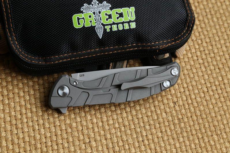 Espina verde F95 Flipper Tactical cuchillo plegable teniendo D2 cuchilla TC4 Mango de titanio engranaje exterior acampar Cuchillos de bolsillo de supervivencia herramientas EDC