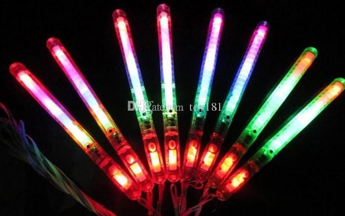 10 Nueva marca Multi Colorful 7 modos LED parpadeante lámpara de luz nocturna Varita incandescente Palos + correa Fiesta de Navidad de cumpleaños festival Camp