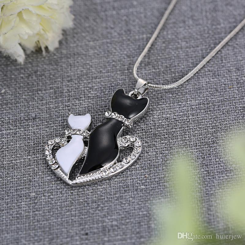 Kolye Kolye Kadın Moda Sevimli SiyahBeyaz Kediler Kolye Zincir Kolye Hediyeler Zincir Kolye