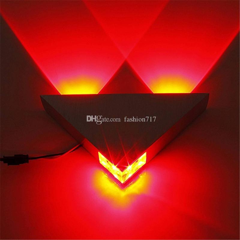 Lampe murale en argent triangle 3W AC85-265V haute puissance LED Spotirlight lumineux moderne non étanche Couleur de chevet Light B1426