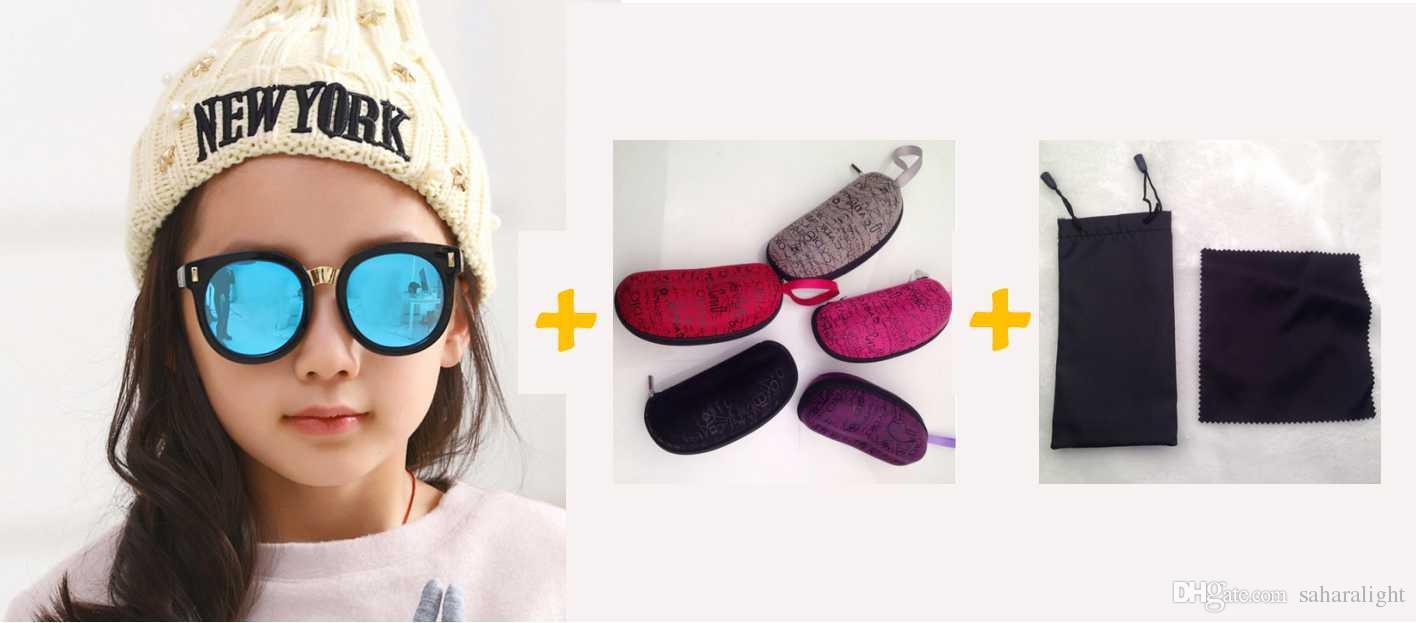 Compre Rodada Miúdo Óculos De Sol Das Crianças Dos Meninos Meninas Espelho  Bonito Círculo Do Bebê Óculos De Sol Flores Quadro UV400 Espelho Eyewear De  ... 9990e47ada