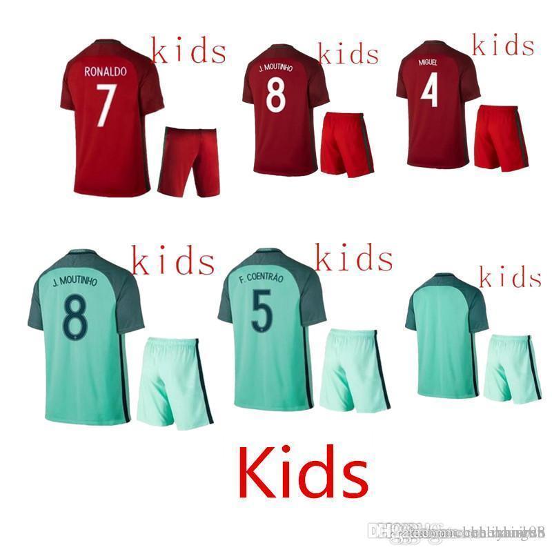 1d6a98dd2f Compre 16 17 Portugal Niños Jerseys Niño Adolescentes Camisa Ronaldo ...