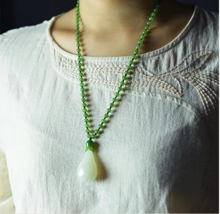 2017 Carving new and Hetian jade white jade orchids women's pendants white jade pendant necklace wholesale