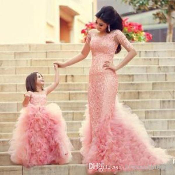 2018 Pink Mermaid Mother And Daughter Speacial Occasion Evening Dresses Lace Long Sleeves Cascading Ruffles With Girls Pageant Gowns
