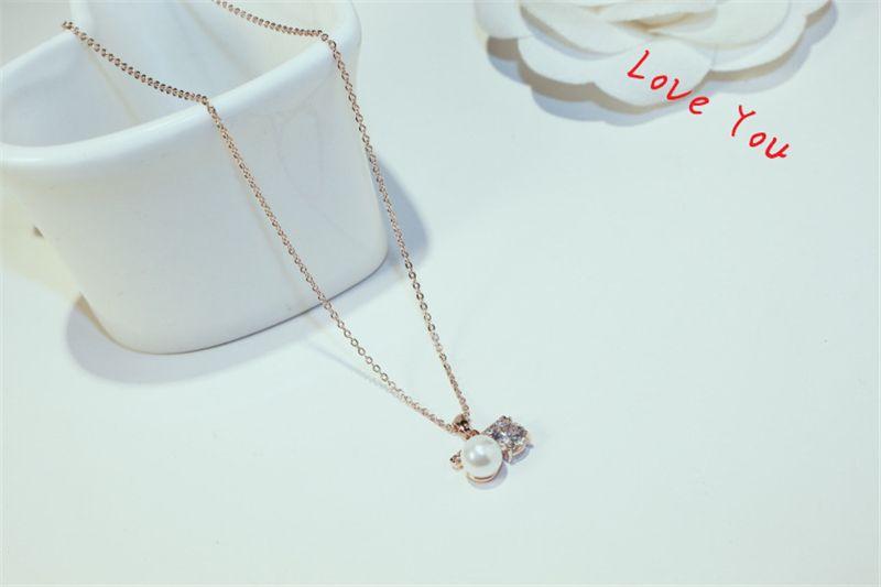 Collier avec pendentif perle Zircon plaqué or chaîne Choker Neckalce pour les femmes plaqué or Bijoux Accessoires collier vintage