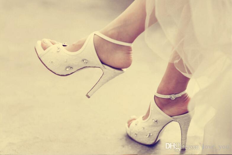 Elegante schöne Vogue Spitze und Schaffell einfache Art 10 cm High Heels Hochzeit Brautschuhe NK1095