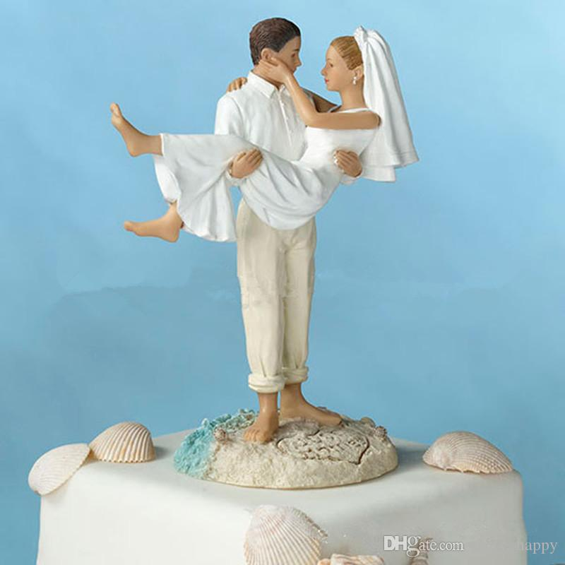2016 New Romantic Couple Lounging Beach Wedding Cake Topper Real Image Wedding Favors Wedding Decorations Doll Cake Decoration