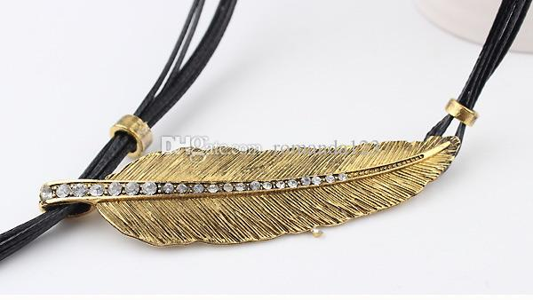 American and Europe Fashion Trend Bonhemia Vintage PU and Alloy Feather pendant necklace for Women