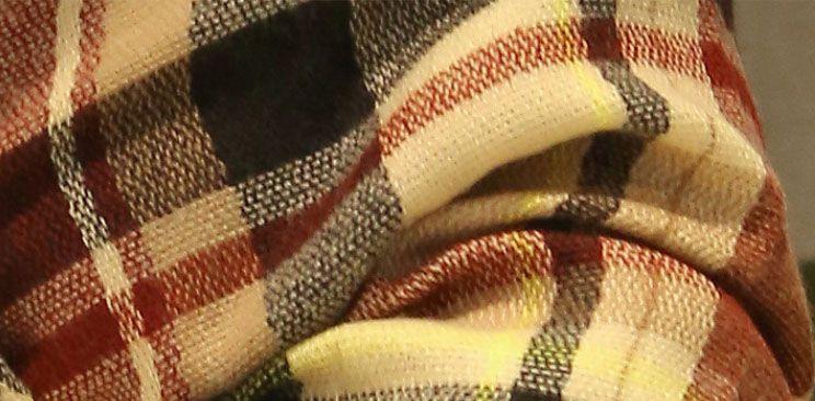 Écharpe carrée de style pastoral occidental de conception mélangée taille 143x143cm grande quantité peut personnalisé Soft Wraps