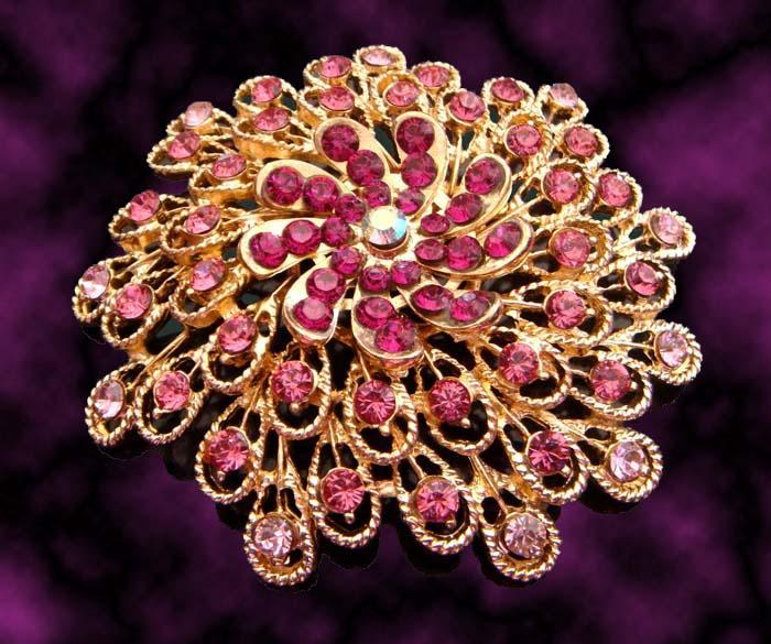 Wholesale fashion Women plating gold zinc alloy rhinestone flowers Brooches costume jewelry mixed color BH710