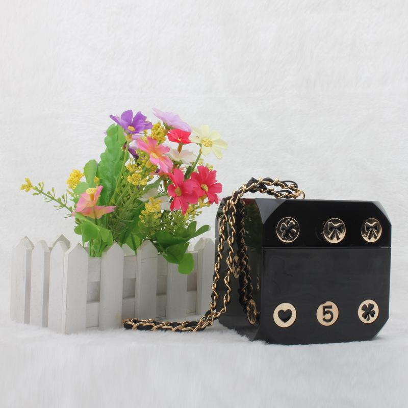 Diseñador de la marca Acrylic Dice Handbag Perspex Mujer Embrague Party Tote Bag CC Magic Cubic Cartoon Digital Bolsos de noche Floral - LSZ
