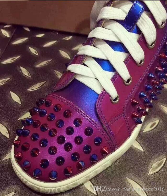 Nouveau Mode Femmes Homme En Cuir Véritable Coloré Lacets Rivets Spike Cloutés Haut Haut Casual Chaussures Sneakers 2019 Hommes Chaussures Plates