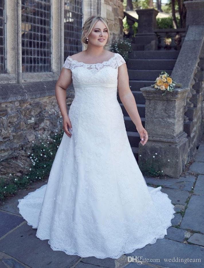 Robes de mariée élégantes en dentelle de taille Bateau Cou A-ligne Custom Made robes de mariée perlées à lacets retour balayage robe de mariée