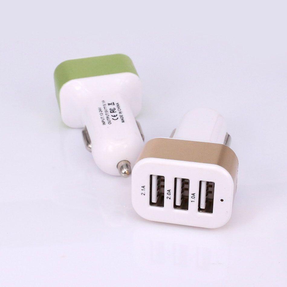 Tripla Universal USB Caricabatteria da auto 3 Porte Car-charger Adapter Socket 2A 2.1A 1A Car Styling Caricatore USB 100 pz / lotto Spedizione gratuita DHL