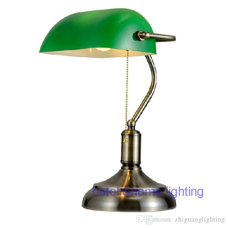 Античная бронза Мода настольная лампа прикроватный столик антикварная щетка гостиная настольная лампа офис освещение энергосберегающее освещение