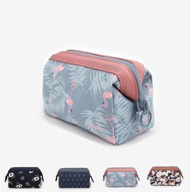 Women Makeup Organizer Bag Handbag Purse Large Capacity Purse Travel Insert Lady Casual Cosmetic Bag Travelling Bag
