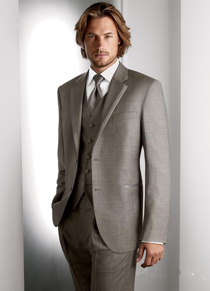 Smoking di alta qualità su misura Chiatta piatta Smoking da sposo formale 4 pezzi Khaki Cappotto + Pantaloni + Vest + Tie Taglie da uomo Taglie
