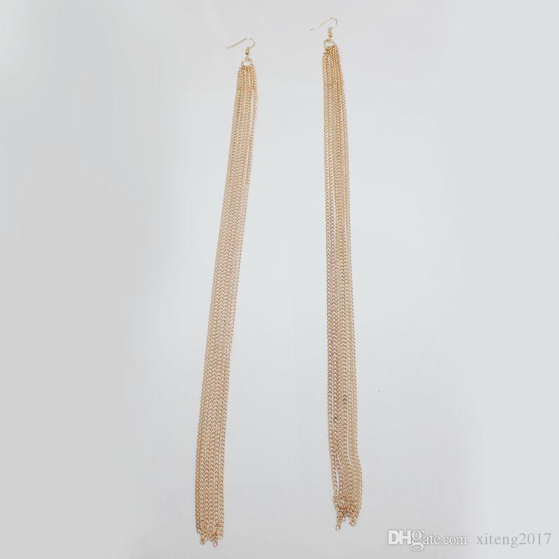 Boucles d'oreilles en alliage de bohème exagéré à long glands pour les femmes