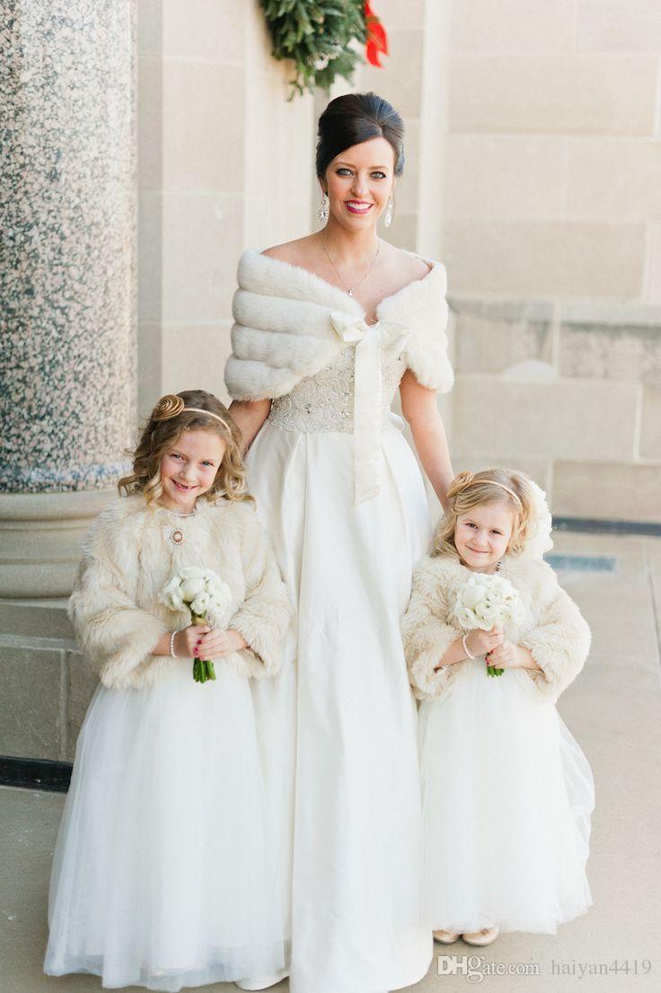 2020 In Stock Winter Warmer Hot Sale White Ivory Faux Fur Shawl Wrap Wedding Bridal Bridesmaid Wraps Women Shawl With Ribbon Custom Made