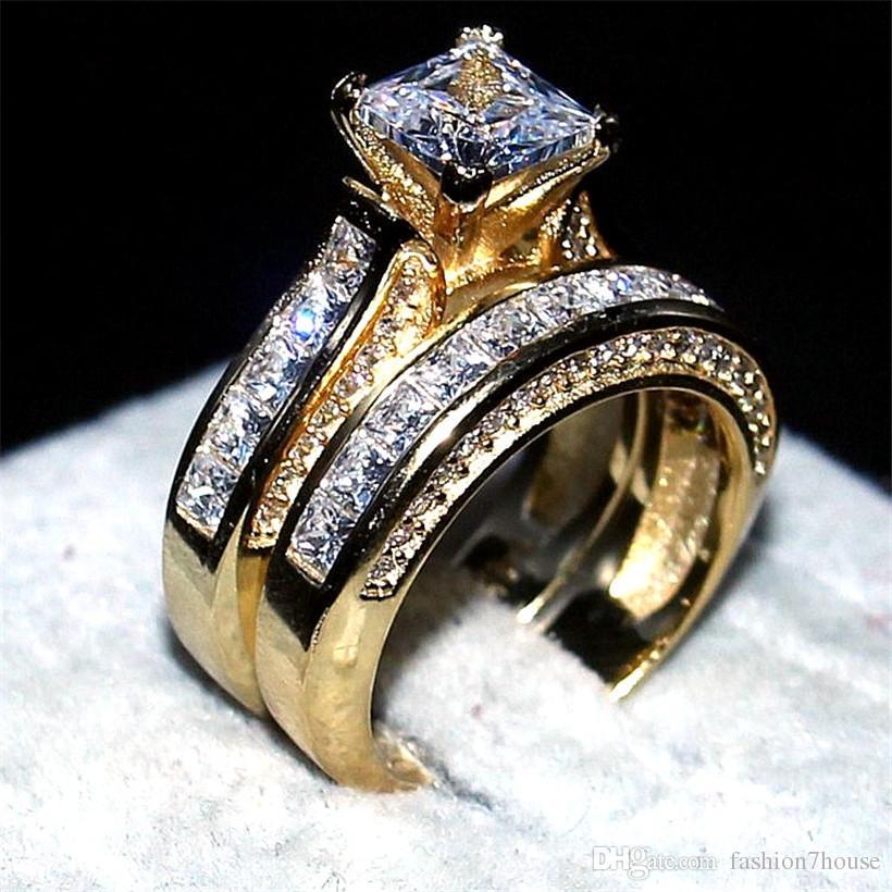 Luxe 14KT or jaune rempli anneau ensemble 2-en-1 bijoux de bande de mariage pour les femmes 15ct 7 * 7mm princesse-coupe Topaz pierres précieuses anneaux doigt